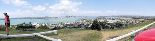 View across to Auckland City from the top of Mt Victoria